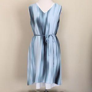 NWT T Tahari blue v-neck belted dress S